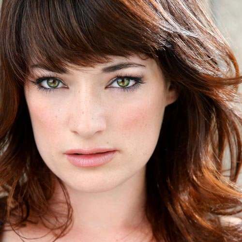 Laura Michelle Kelly Bio